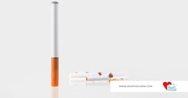 E-cigarette compared to paper cigarette for health and risks for your heart with Heart House logo at bottom right.